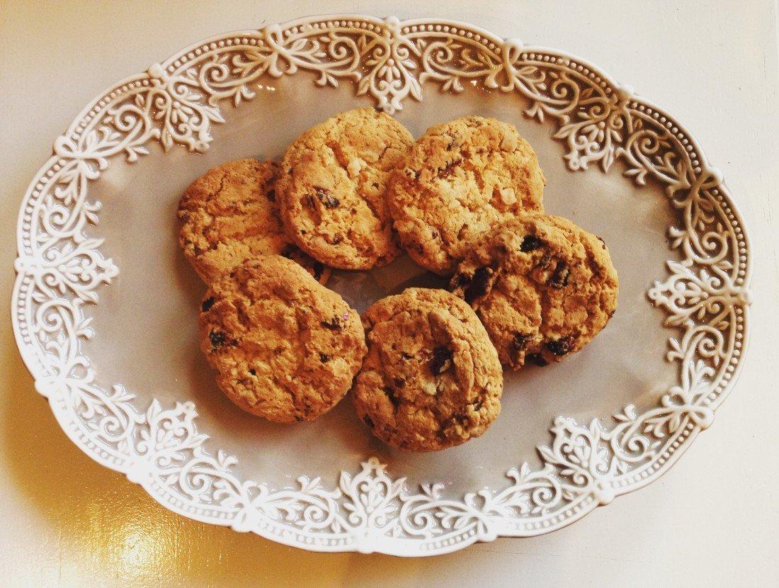 biscotti lamponi, cookies cioccolato bianco e lamponi, cramberries, chocolate, american food,