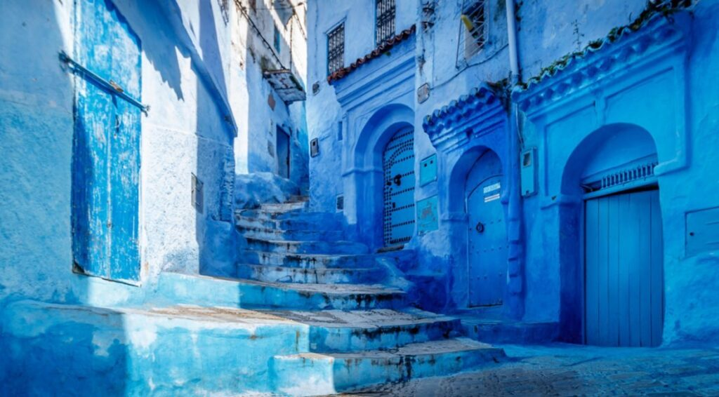 Case Blu Marocco : Chefchaouen città blu. una bolla di colore blu in marocco. il