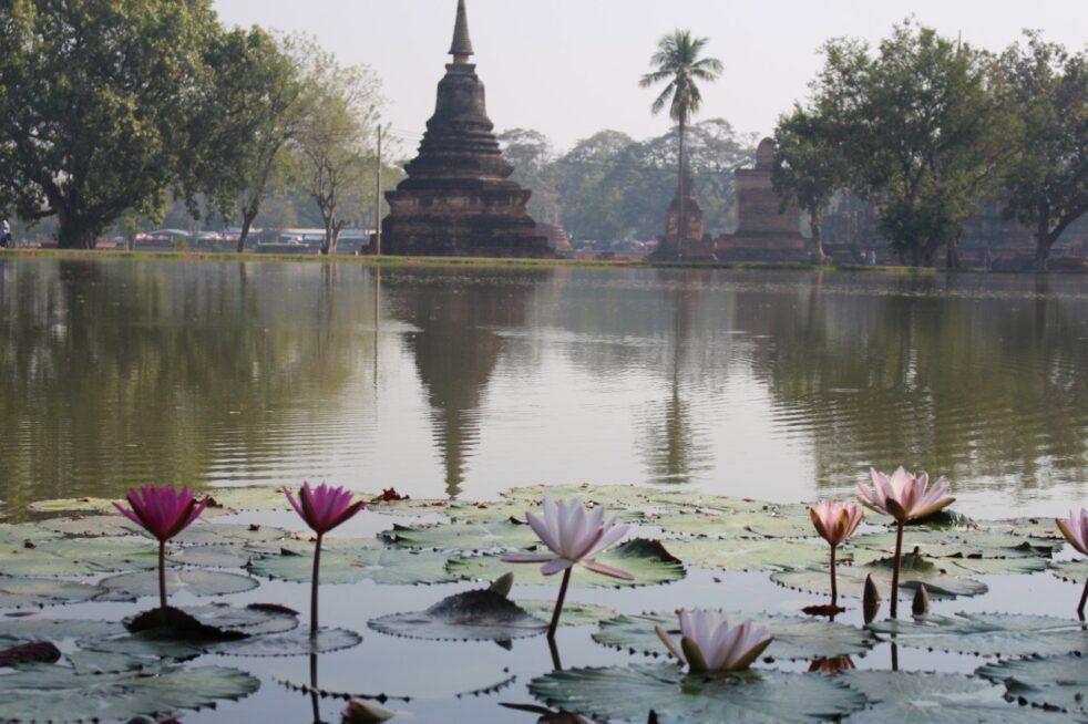 visita-parco-archeologico-di-sukhothai