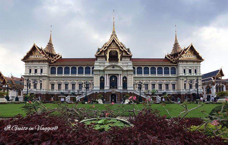 grande palazzo reale di bangkok cortile palazzo reale sala trono
