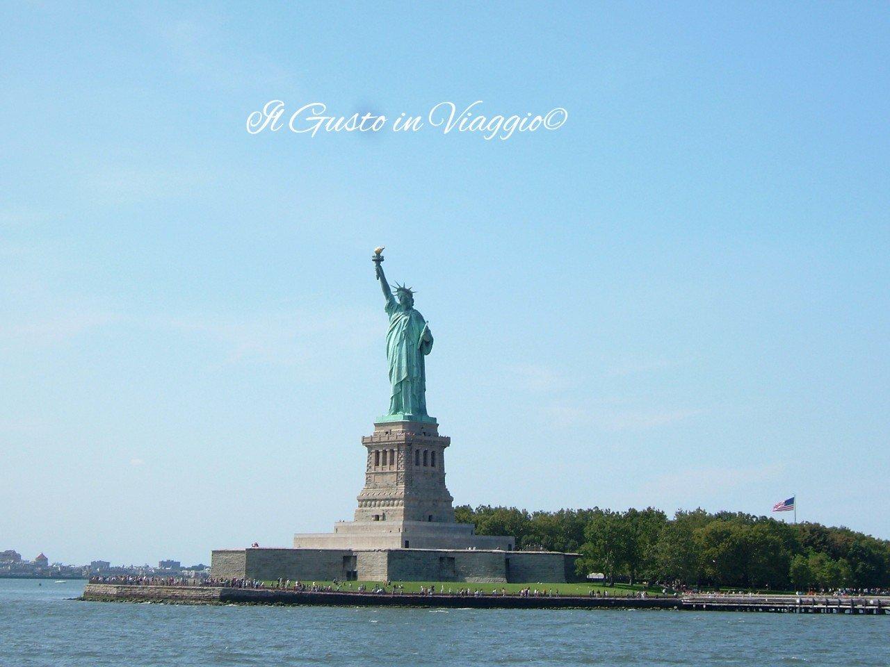 10 cose da fare a new york, foto new york, statua della libertà