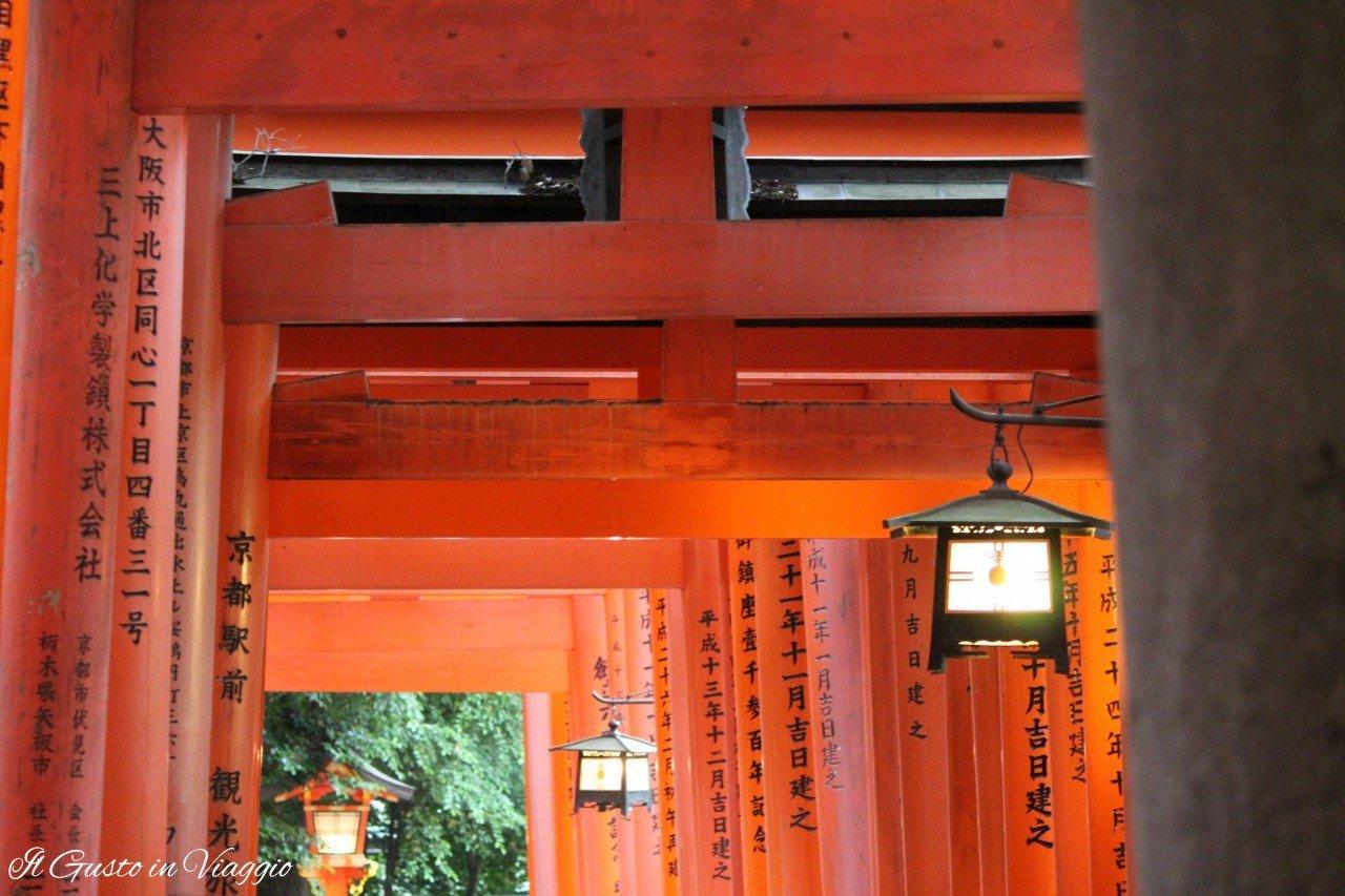 visita-al-fushimi-inari-kyoto-come-visitare-il-fushimi-inari