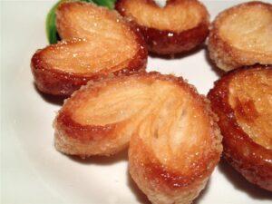 ventagli pasta sfoglia zucchero e cannella
