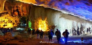 crociera nella baia di halong grotta della sorpresa hang sung sot