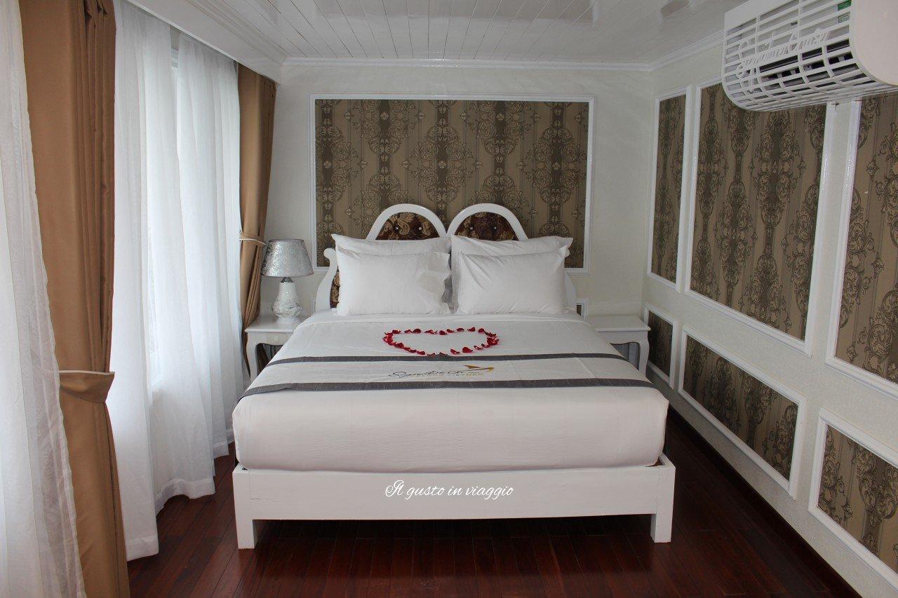 signature cruises ha long bay vietnam crociera nella baia di halong
