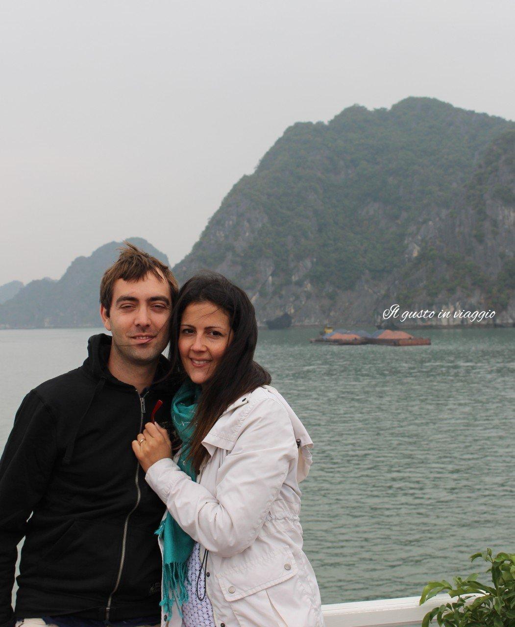 crociera nella baia di halong vietnam HaLong Bay Vietnam