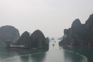 vietnam fai da te vista della baia di ha long vietnam dalla grotta Sung So, crociere nella baia di ha long, ha long bay