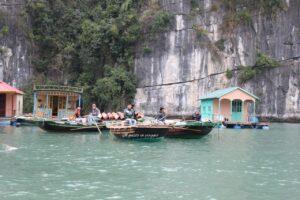 ha long bay cruise crociera nella baia di ha long vietnam