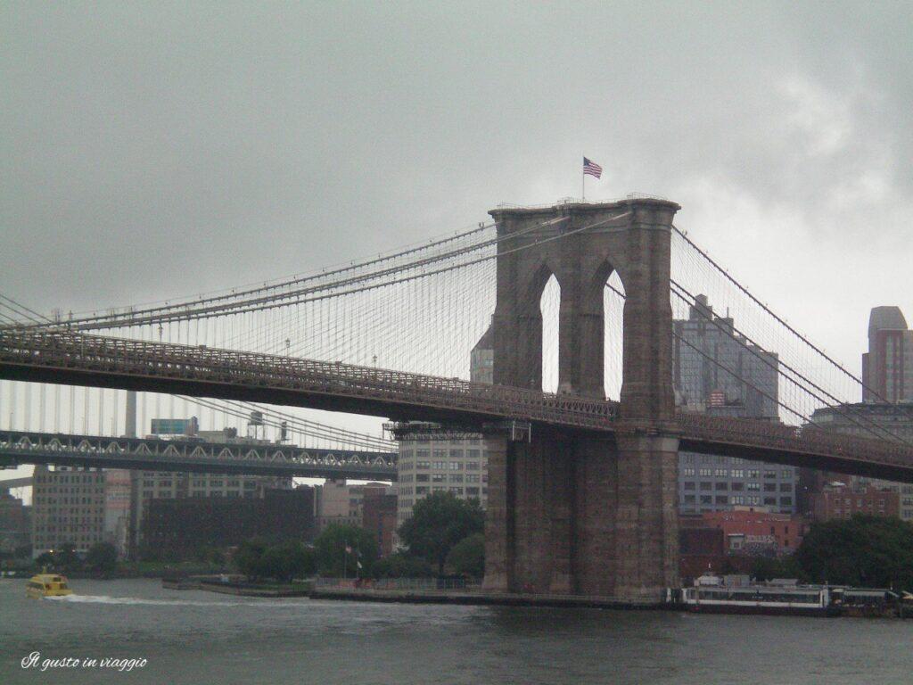 10 cose da fare a New York ponte di brooklyn pier 17
