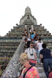 scale wat arun visitare il wat arun bangkok thailandia
