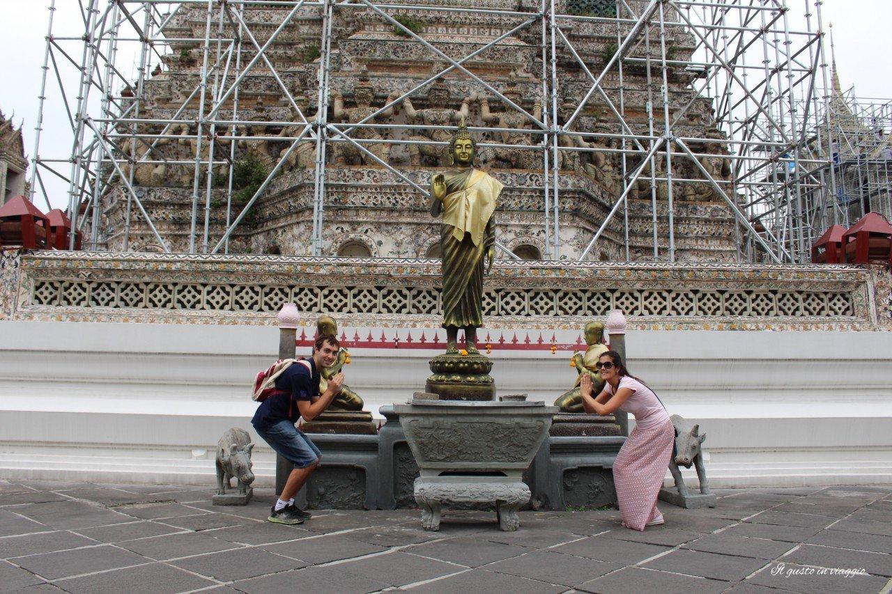 visitare il wat arun, mandapa thailandia wat arun