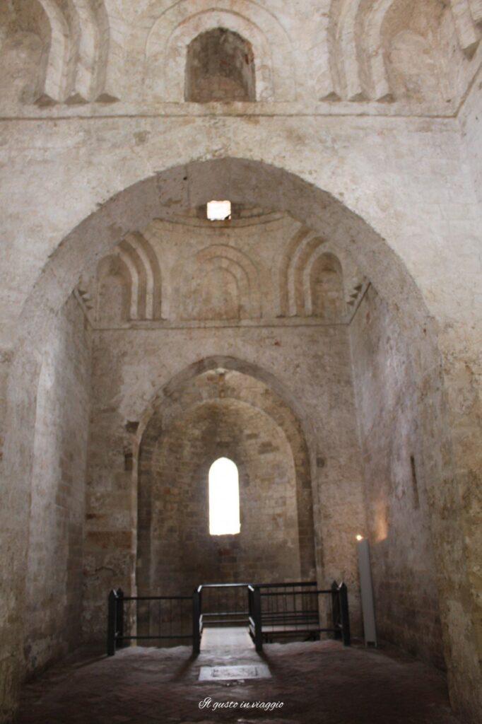 interno chiesa san giovanni degli eremiti palermmo, visita alla chiesa di san giovanni degli eremiti palermo costi ed orari
