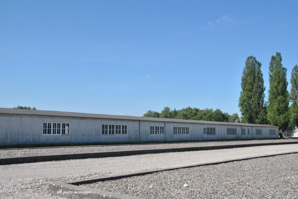visita al campo di concentramento di dachau germania il lavoro rende liberi giornata della memoria 27 gennaio