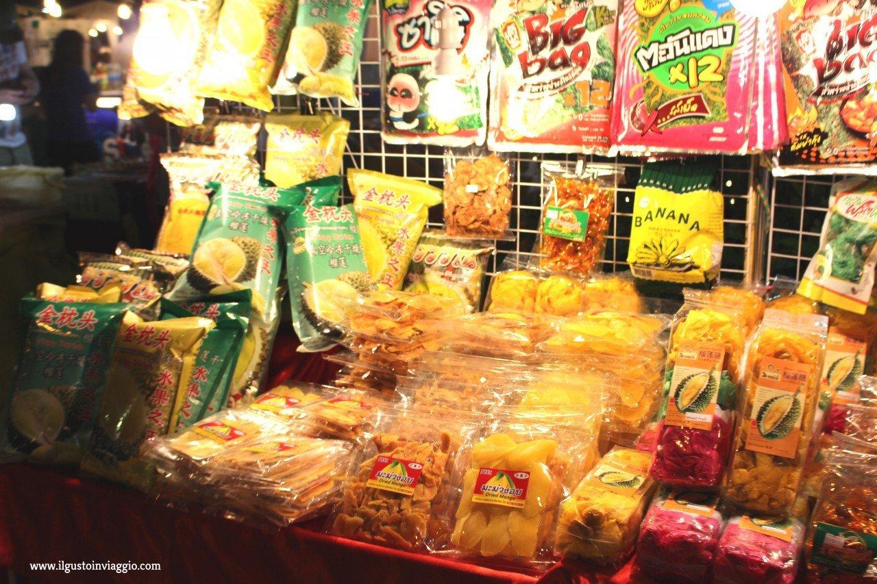 night market chiang mai, due giorni a chiang mai
