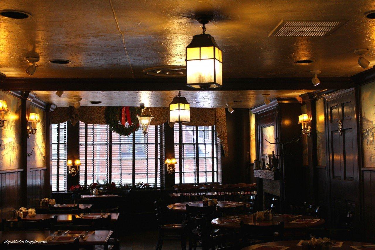 dove mangiare la clam chowder a boston union oyster house boston massachusets