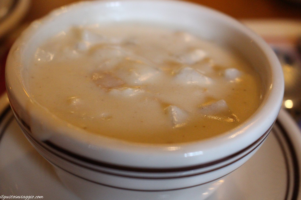 mangiare clam chowder boston Union Oyster House