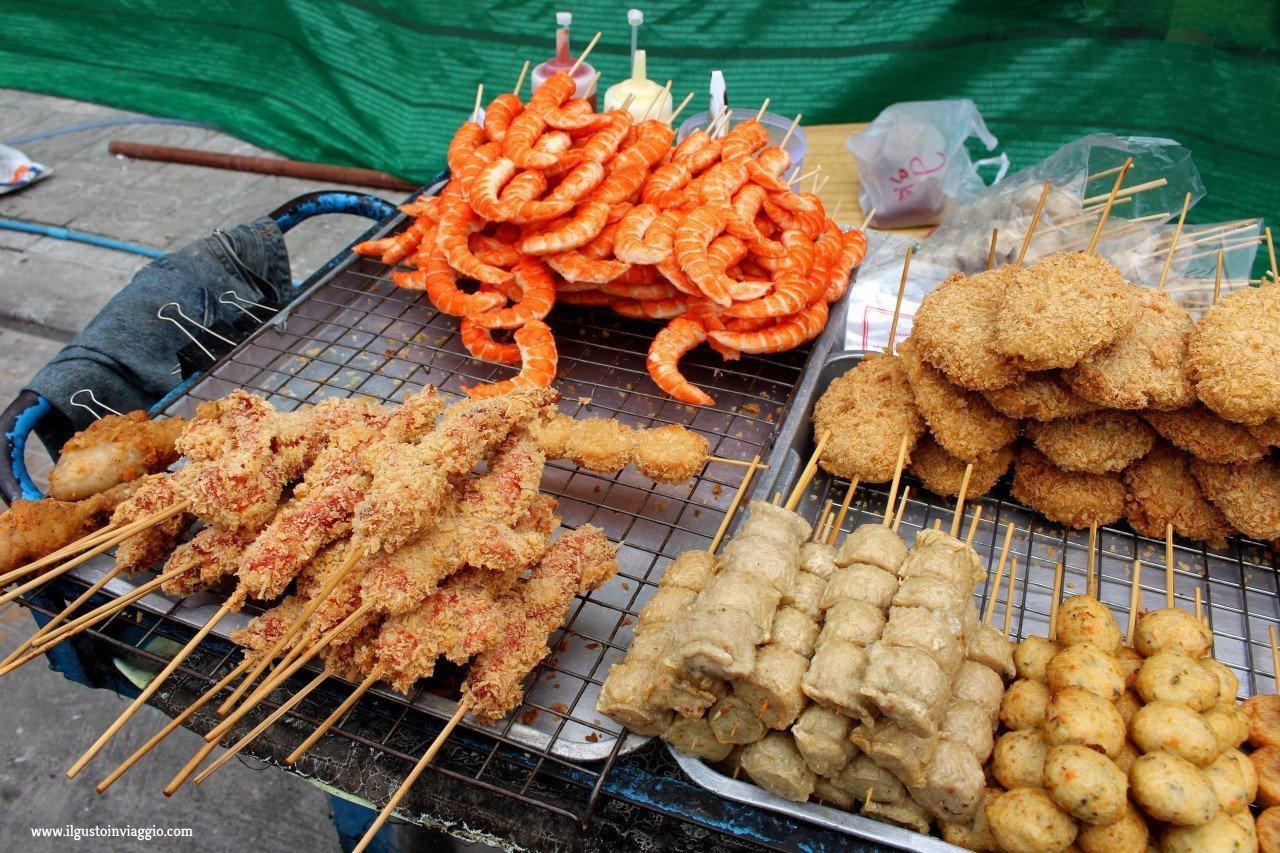 cucina thailandese, spiedini thailandesi, street food thailandese