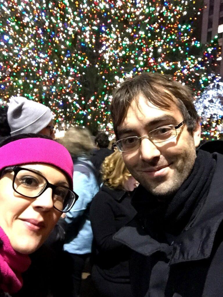 selfie al rockefeller center, new york rockefeller center christmans tree