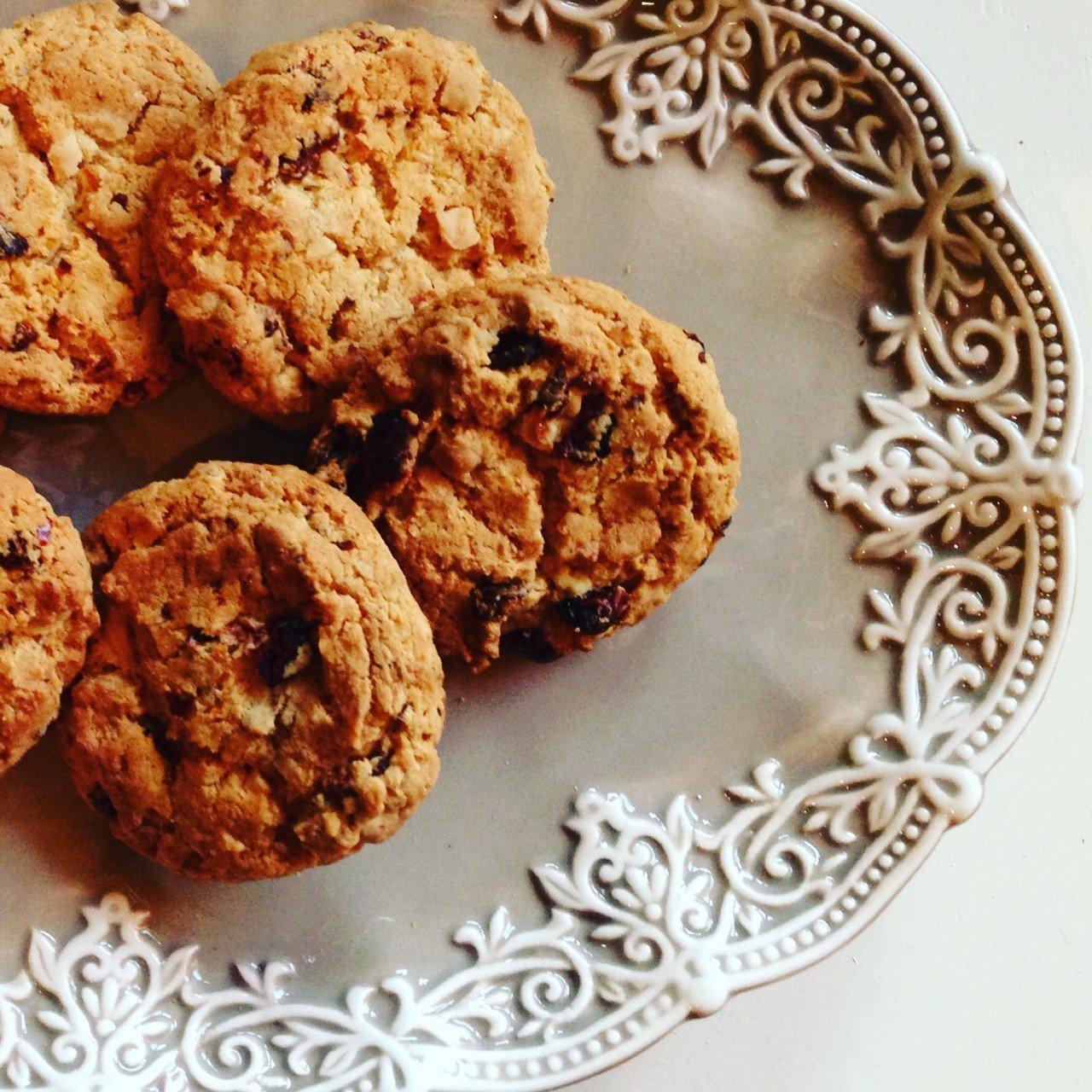 Cookies cioccolato bianco e lamponi.