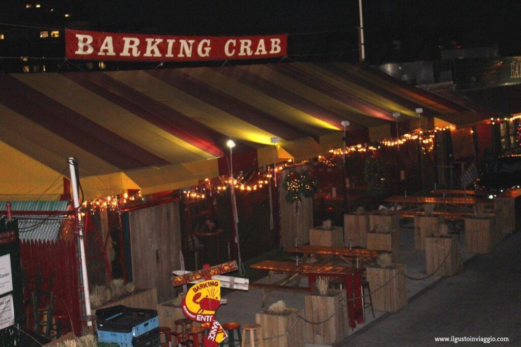 barking crab, mangiare lobster rolls a boston,