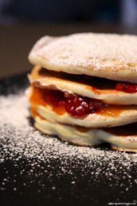 pancake lamponi e marmellata, pancake marmellata, pancake lamponi, pancake dolci