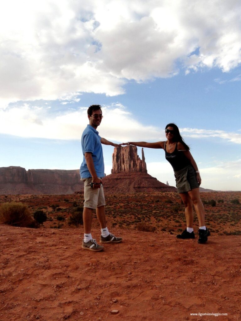 monument valley, monument valley in auto