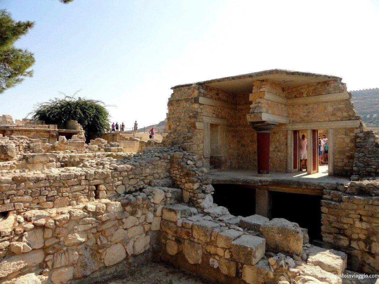 palazzo di cnosso, knossos, visitare il palazzo di cnosso