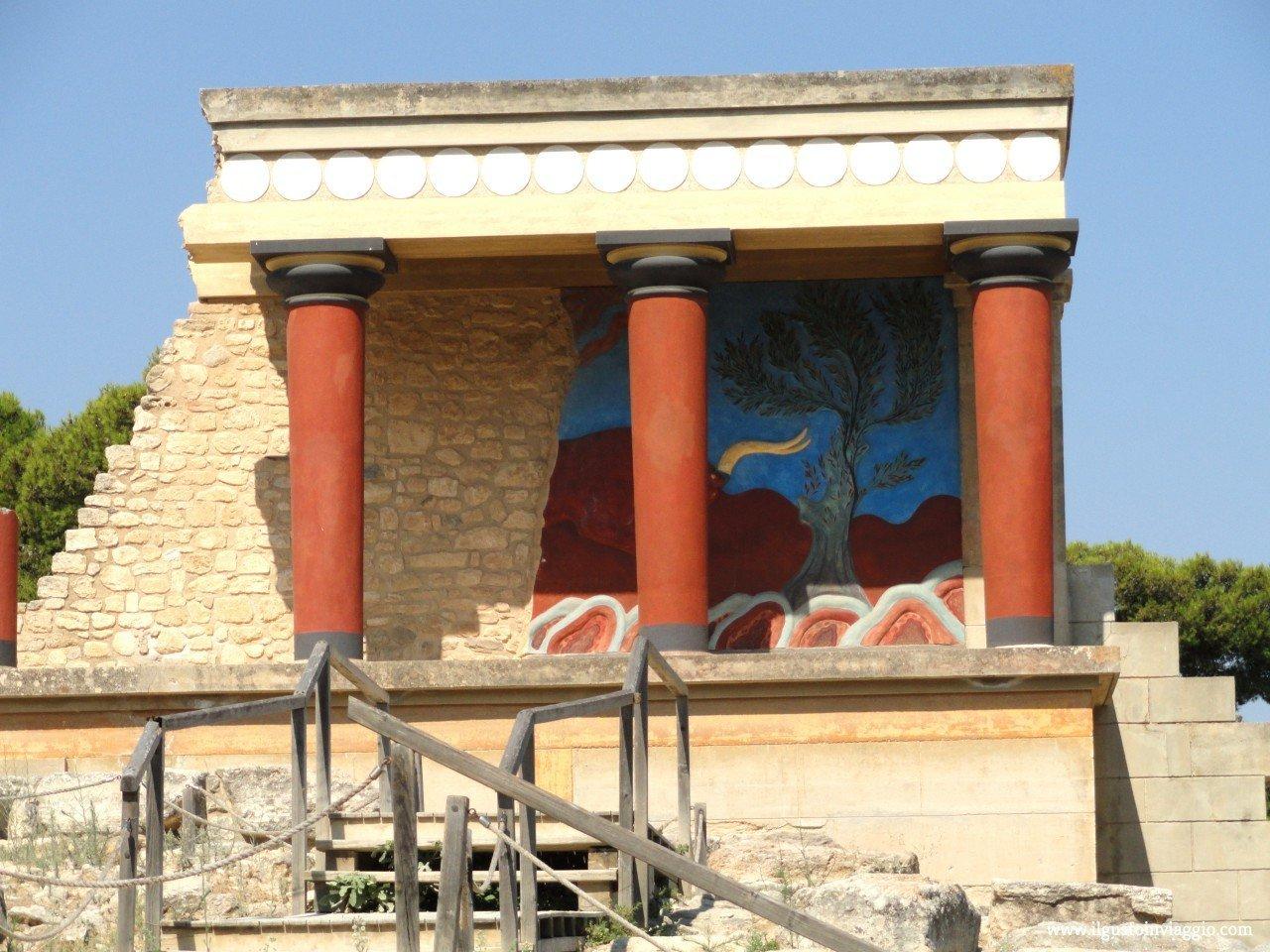 palazzo cnosso, heraklion cnosso, visitare il palazzo di cnosso, cosa vedere a creta