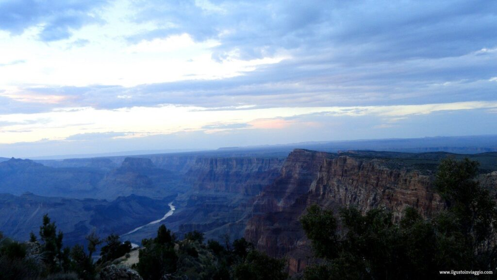 visitare il grand canyon, grand canyon colorado river