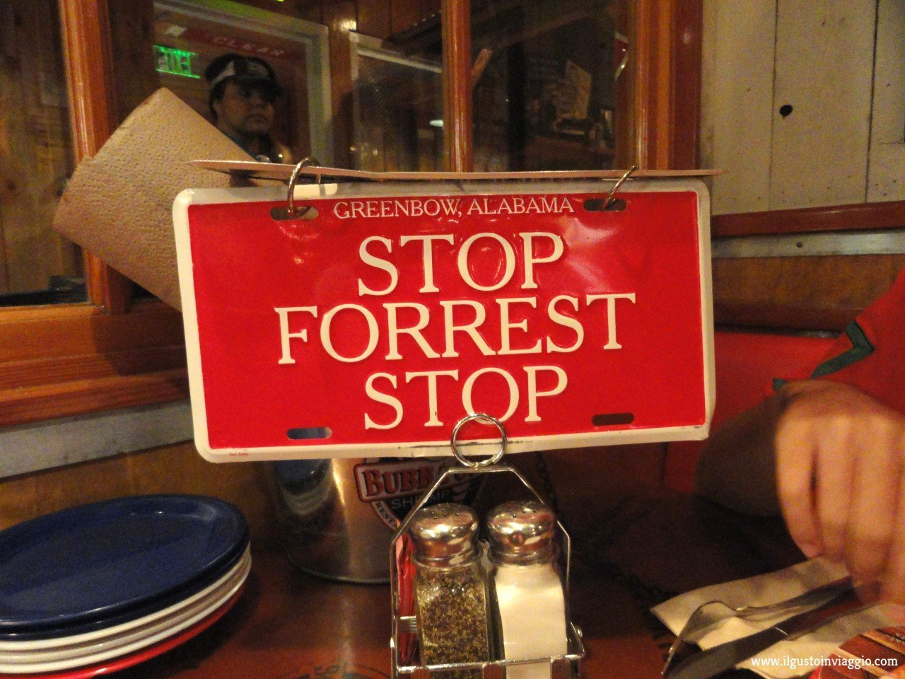 mangiare da bubba gump a santa monica pier, stop forrest stop,