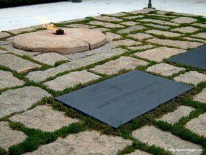 tomba presidente kennedy arlington, visita al cimitero nazionale di Arlington