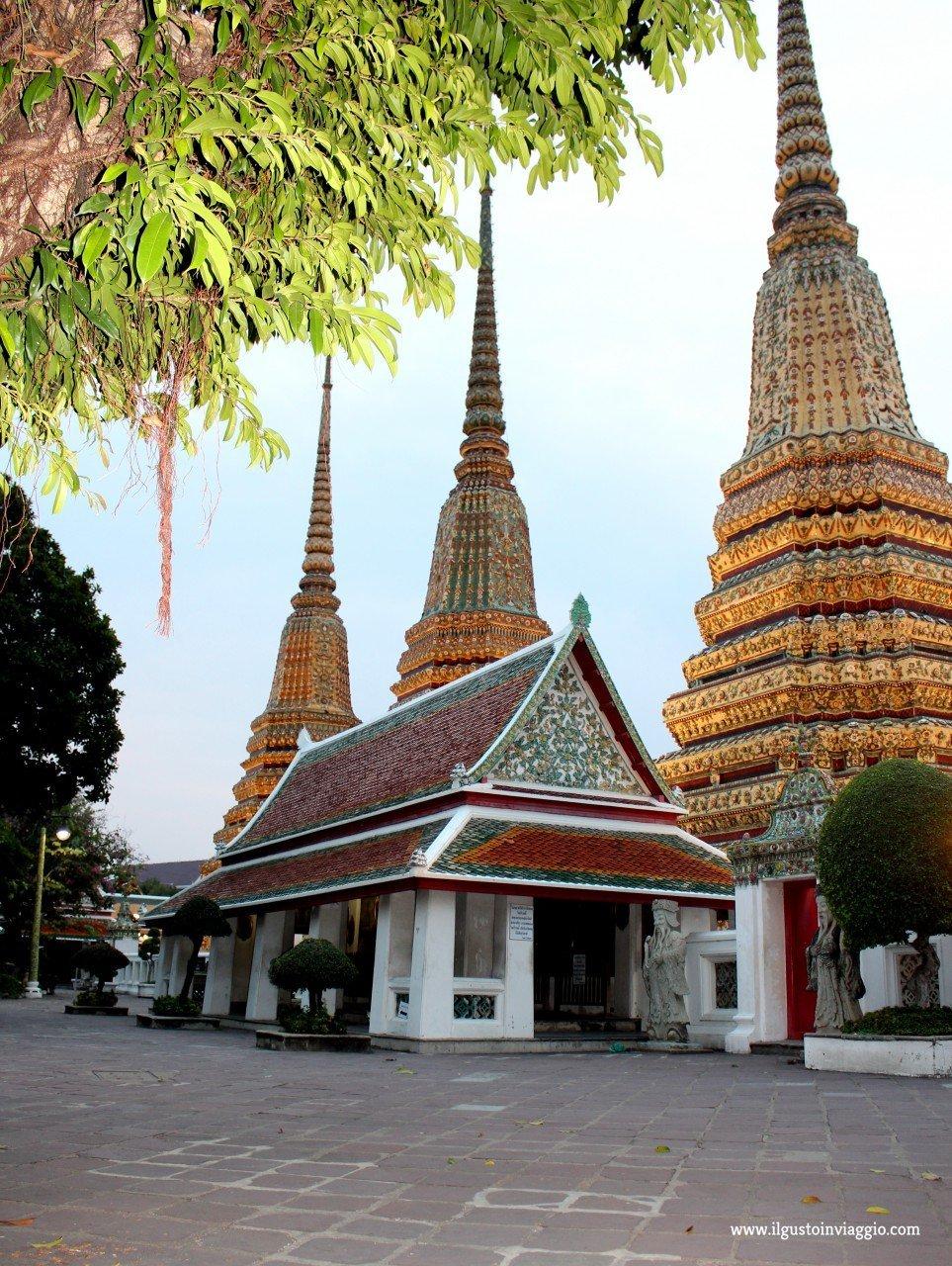 thai massage school bangkok, wat pho bangkok, buddha sdraiato del wat pho