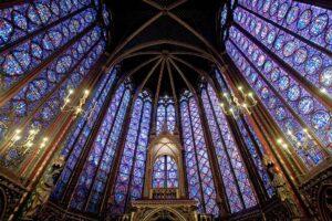visitare la sainte chapelle di parigi, abside sainte chapelle, vetrate sainte chapelle parigi