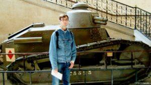 carro armato parigi, visitare la tomba di napoleone bonaparte, saint luis des invalides, hotel des invalides