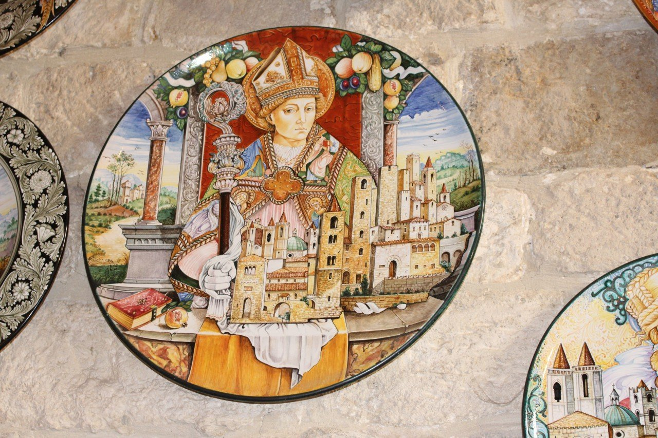 santo emedio, patrono ascoli piceno, ceramica ascoli piceno, piatto ceramica, buongiorno ceramica 2018