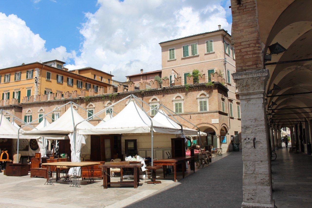 piazza del popolo ascoli piceno, ascoli piceno in un giorno