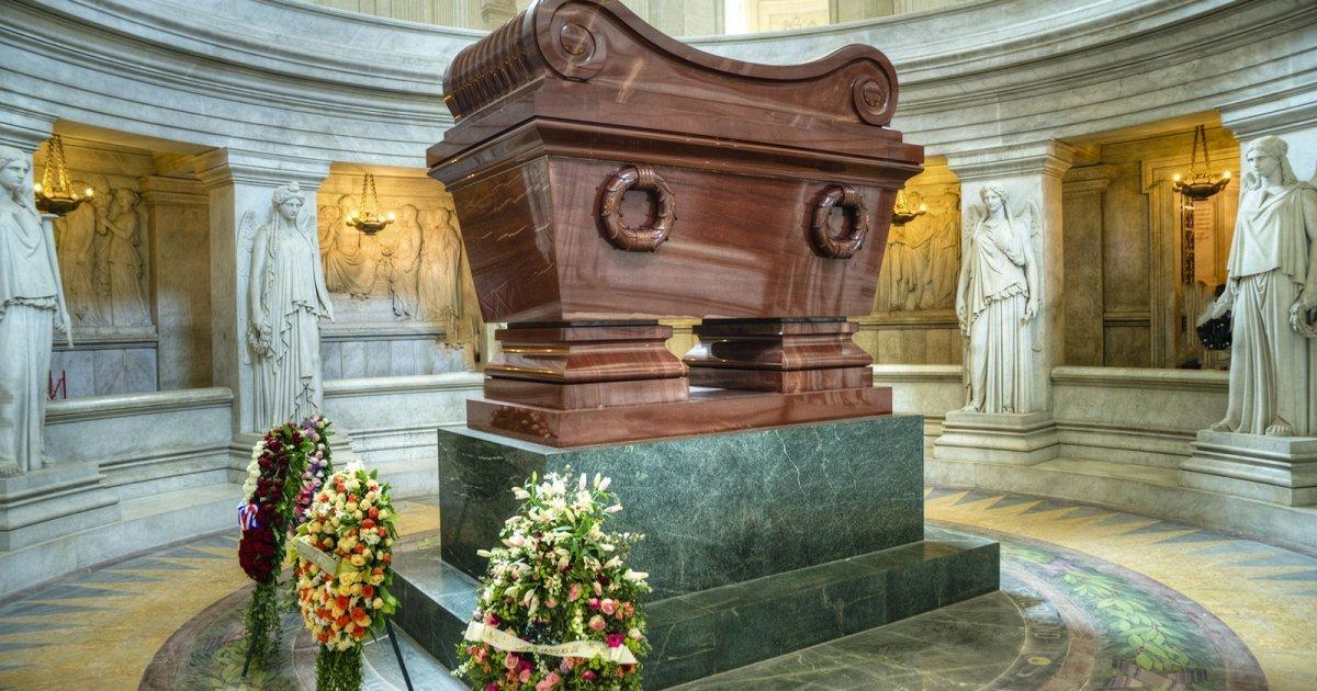 visitare la tomba di napoleona, tomba bonaparte, hotel des invalides