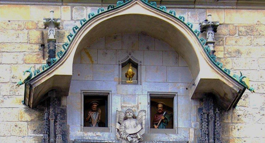 orologio di praga, statuite di praga, astrolabio, orologio astronomico praga