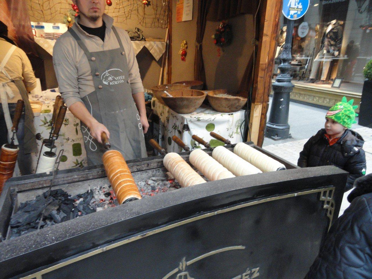 ricetta del trdlo, manicotto di boemia, mercatini natale di budapest