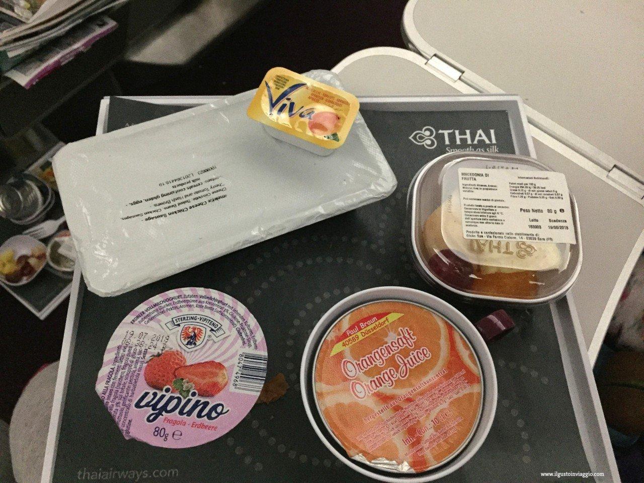 thai airways e bambini, cibo thai airways