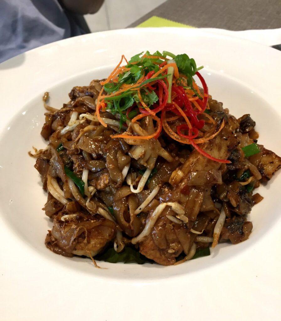 piatto asiatico, treat restaurant, dormire a kuala lumpur con i bambini