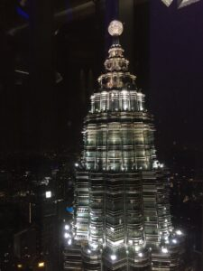 visitare le petronas towers, petronas twins towers notte