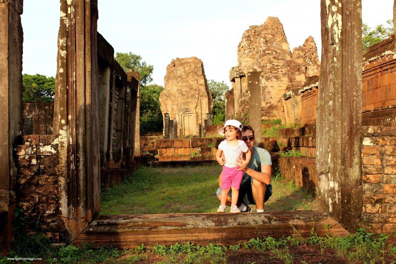 quanto costa un viaggio in cambogia con i bambini, angkor wat con i bambini, bayon temple, cambogia fai da te