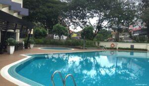 dormire a kuala lumpur con i bambini, pool oakwood hotel kuala lumpur