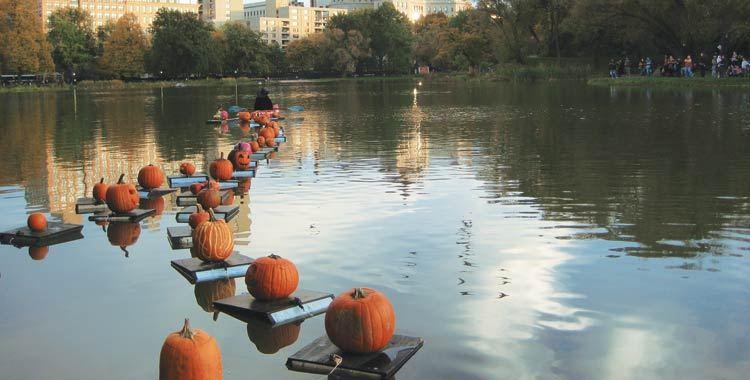 pumpkin flotilla, halloween a new york