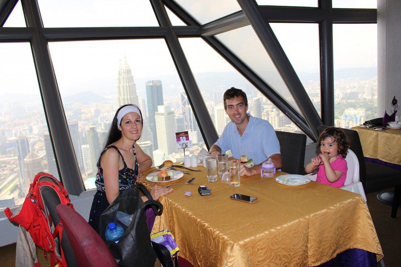 pranzo alla menara tower