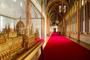 budapest, visitare il parlamento di budapest, tour parlamento budapest, budapest con bambini
