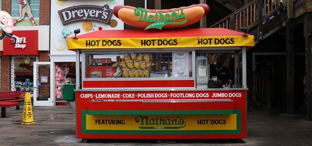 carretto hot dog nathans, il più buono hot dog di new york