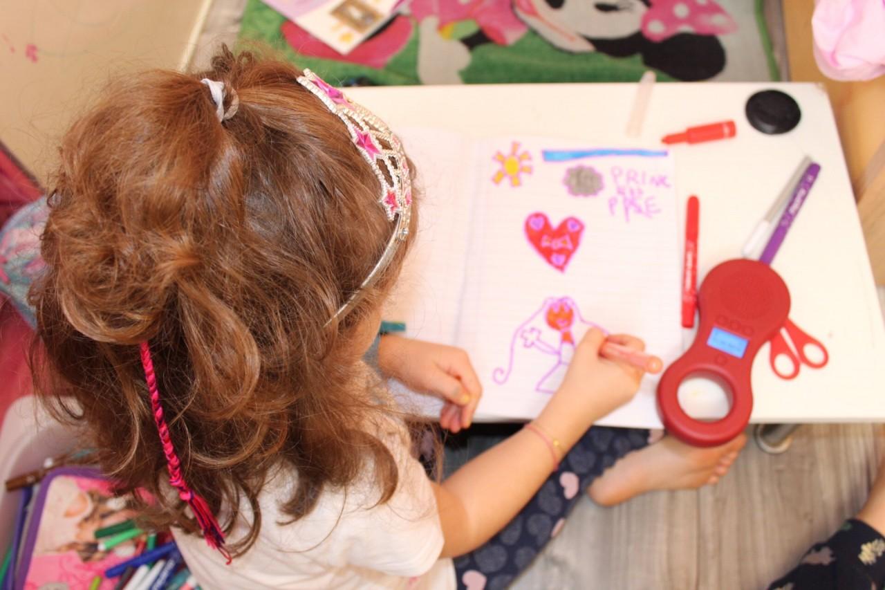 corona virus cosa fare con i bambini in casa