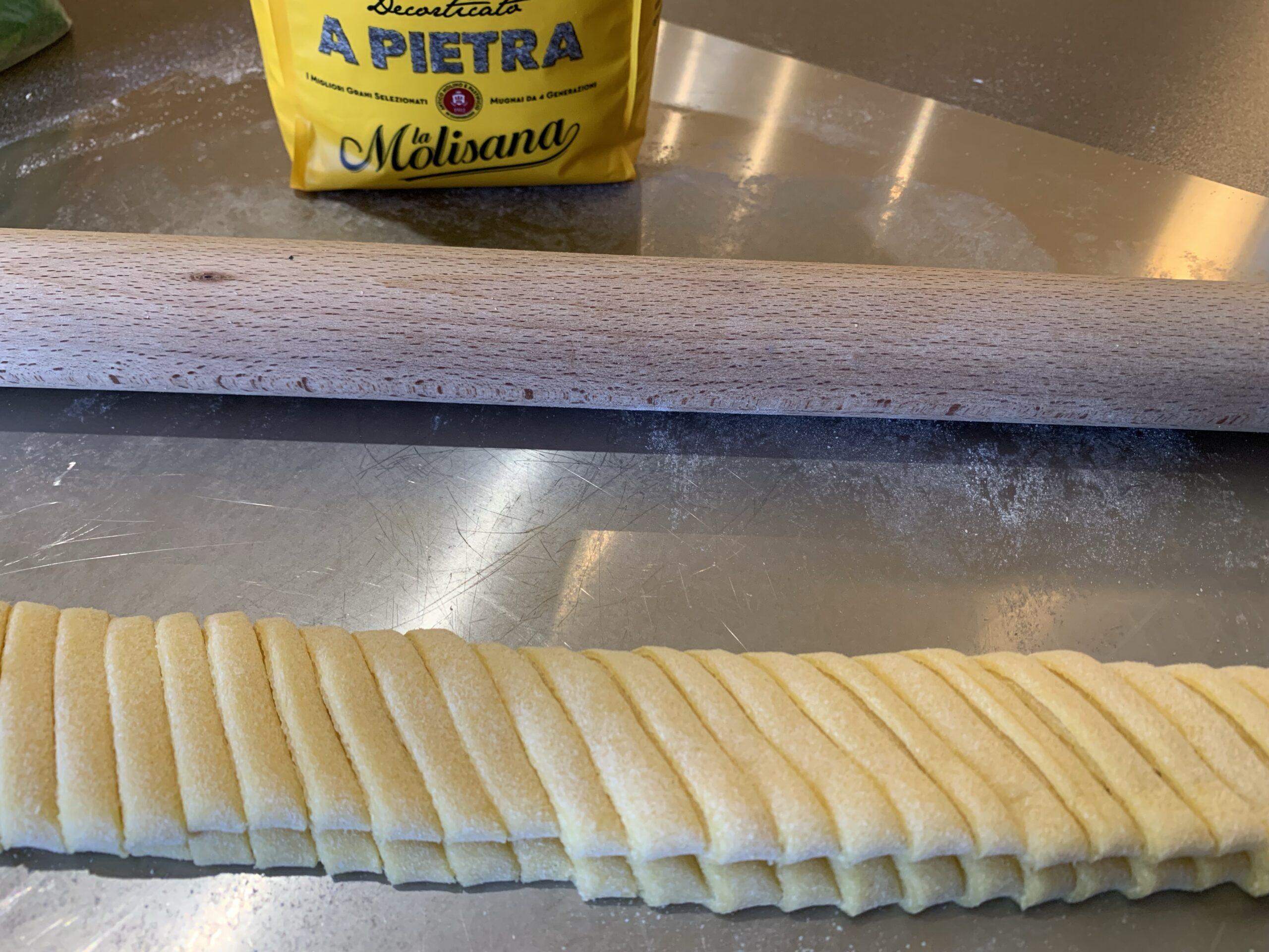 ricetta pasta fresca, pasta all'uovo, pasta ragu, fettuccine al ragu